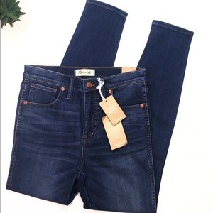NWT High Waisted Skinny Jeans Size 27